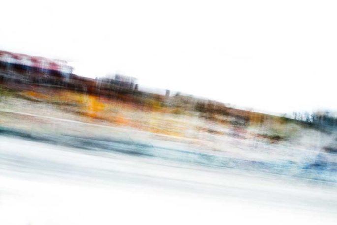movement, motion, streak, rhythm, city street, urban, vibrant, orange, blue, red